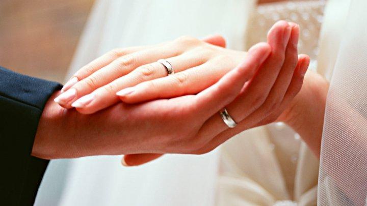 Сергей Зверев женился на администраторше подмосковного отеля