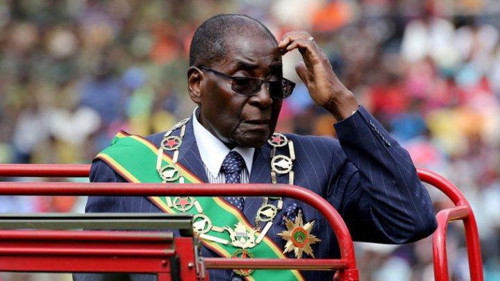 Мугабе объявил голодовку в знак протеста против домашнего ареста