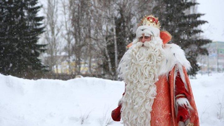 Эстафета огня: В Петропавловске-Камчатском загорелся Дед Мороз