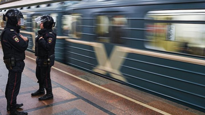 Помощницу прокурора избили в московском метро