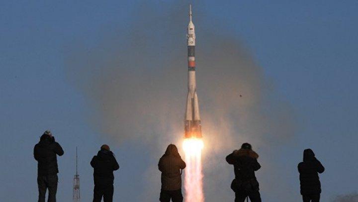 SpaceX запустила ракету с первыми спутниками для раздачи интернета