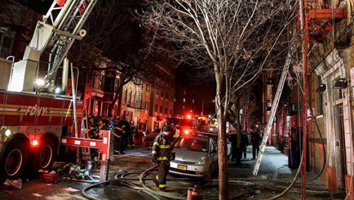 Кадры крупного пожара вНью-Йорке, унесшего жизни 12 человек
