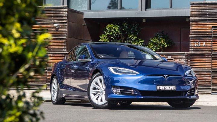 Сотрудники Tesla: более 90 процентов электрокаров выпускается с дефектами