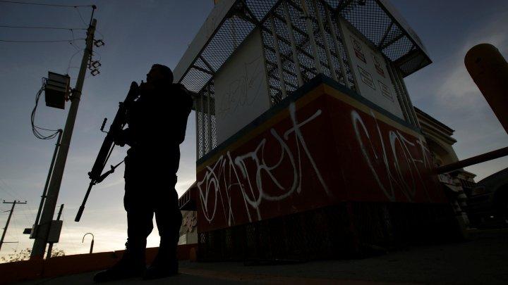 В Мексике журналиста застрелили на школьном утреннике