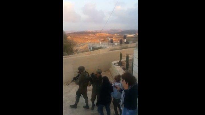 Палестинку арестовали за снятый на видео пинок израильскому солдату