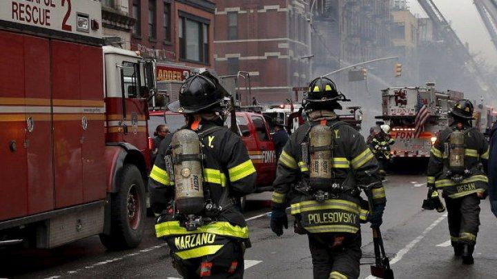 В США пожарный поймал сброшенную с третьего этажа девочку