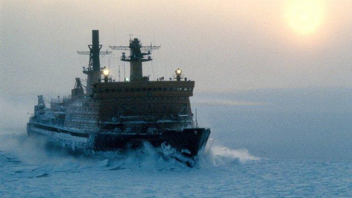 Новый американский боевой корабль застрял вольдах