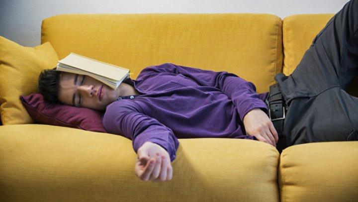 Названа главная опасность дневного сна