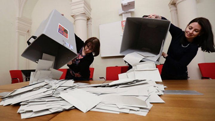 В Чехии завершился первый тур выборов президента