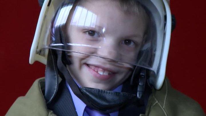 В Пензенской области восьмилетний мальчик спас из огня своих младших сестер и брата