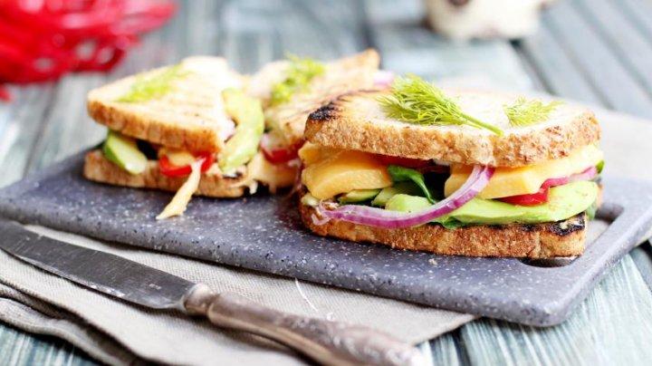 Бутерброды назвали главной угрозой человечеству