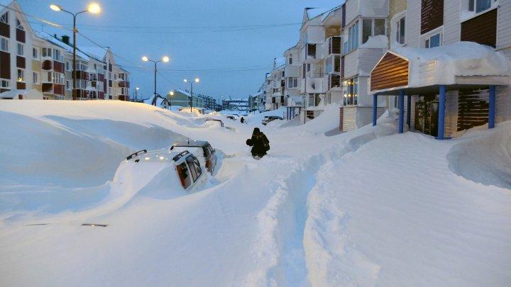Житель Иркутска спас ребенка на улице в 30-градусный мороз