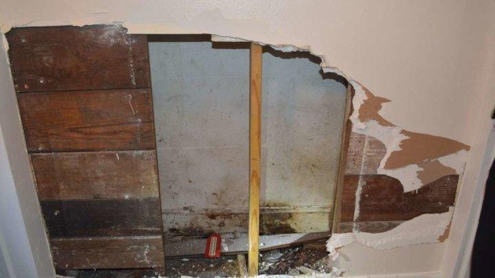 Пенсионерка упала между перекрытиями стен и за три года превратилась в мумию