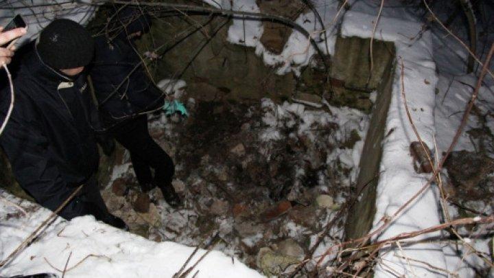 В Кагуле убили мужчину и выбросили в канализационную яму (фото 18+)