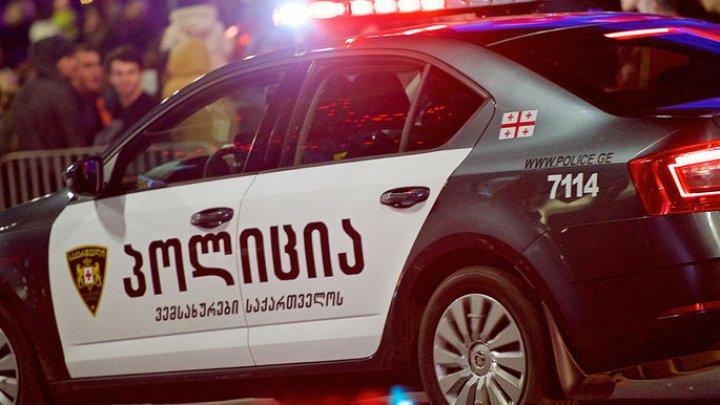 В Тбилиси обрушился потолок на станции метро: семь человек пострадали
