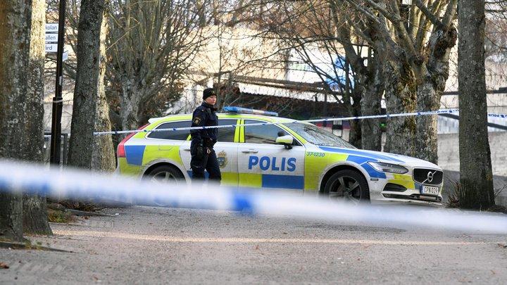 Взрыв у метро в Стокгольме не связывают с терроризмом