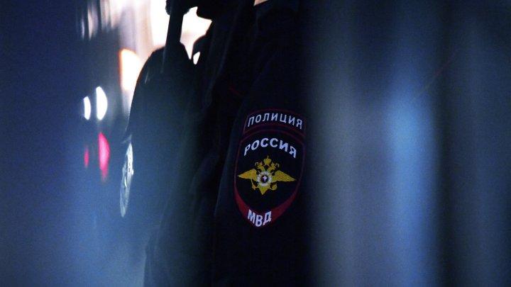 У москвича в квартире обнаружили мини-завод по производству оружия и наркотиков