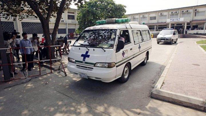 В Камбодже около 20 человек пострадали в ДТП с автобусом
