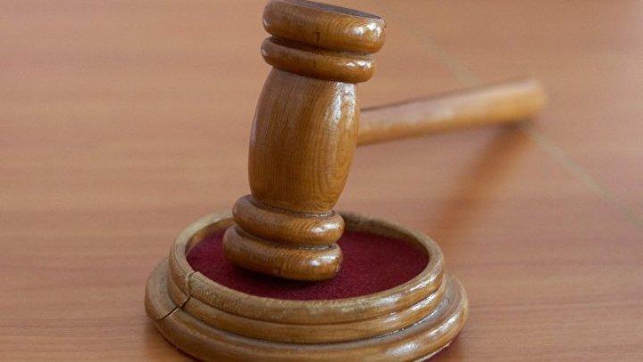 Экс-врача сборной США по гимнастике осудили пожизненно за домогательства