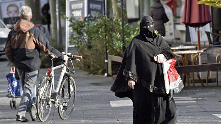 В Дании предложили запретить головные уборы, закрывающие лицо