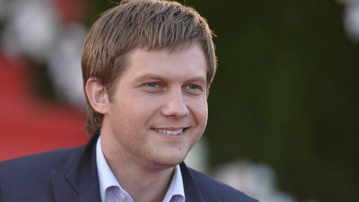 СМИ: Борис Корчевников побил подчиненного на православном канале