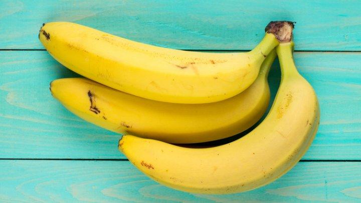 Японсике ученые вывели новый сорт бананов, которые можно есть прямо с кожурой