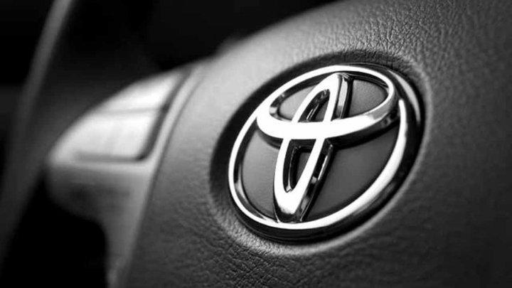 Toyota отзовет более 180 тысяч машин из-за дефекта