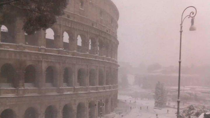 В Риме выпал аномальный снег