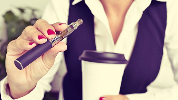 Ученые назвали самые вредные электронные сигареты
