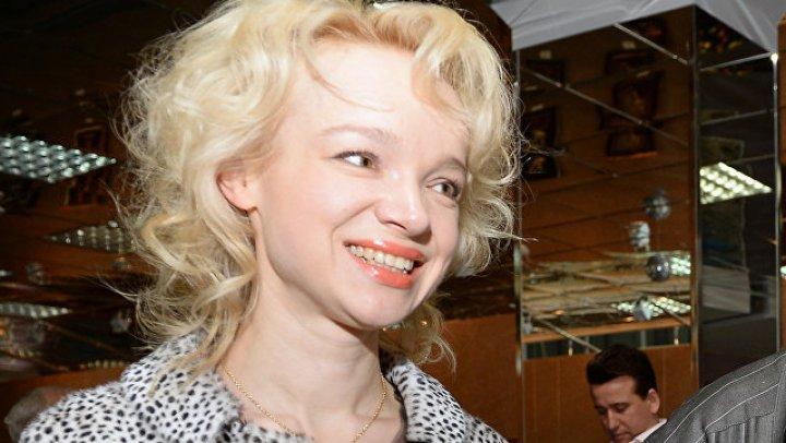 Экс-жена Джигарханяна ударила известного продюсера на съёмках Первого канала: видео