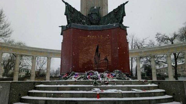 В Вене снова осквернили памятник советским воинам
