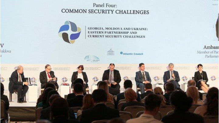 Джонатан Эйял: Сегодняшнее событие - это начало процесса укрепления европейской безопасности