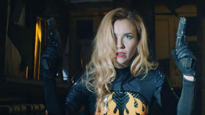 Группа «Ленинград» выпустила новый клип о суперженщине к 8 Марта