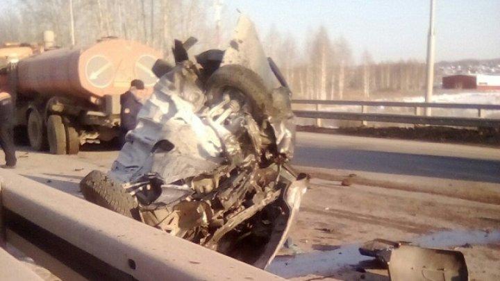 Молодой человек потерял невесту в страшной аварии со снегоуборочной машиной