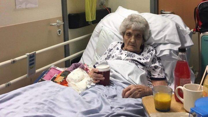 93-летняя пенсионерка со сломанной спиной пролежала неделю в коридоре больницы