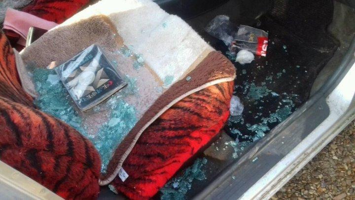 В Криулянах двое подростков взломали и обокрали шесть автомобилей (фото)