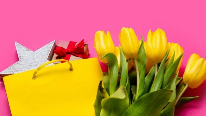 Редакция Canal 2 необычно поздравила женщин с 8 Марта: видео