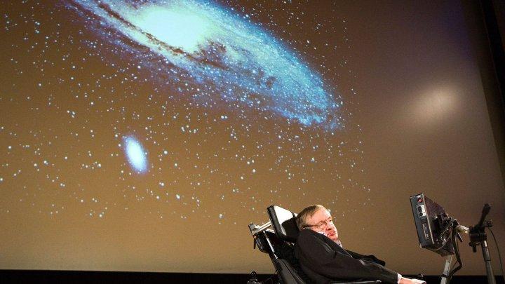 За две недели до смерти Стивен Хокинг предсказал гибель человечества