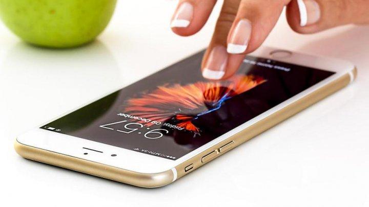Называны смартфоны с лучшими аккумуляторами