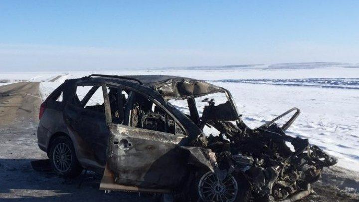 В ДТП с грузовиком под Челябинском сгорело три человека