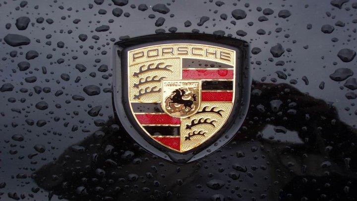 Компания Porsche выбрала спорткары с лучшим разгоном