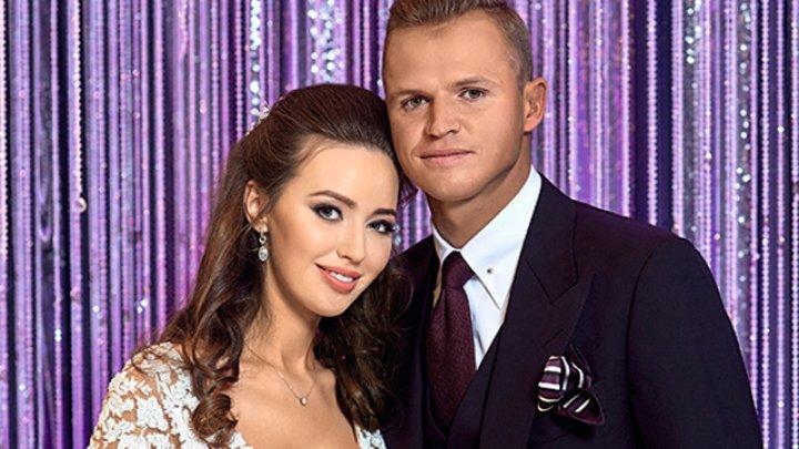 Футболист Тарасов впервые показал фотографию беременной жены