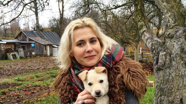 Литовские пограничники раздели туристку и подвергли жестокому досмотру
