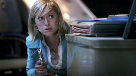 Актрису сериала «Тайны Смолвиля» в США обвинили в работорговле