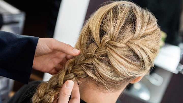 В Челябинске женщину обрили и заставили съесть собственные волосы
