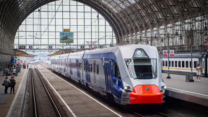 Не стали спасать: под Киевом поезд дважды переехал художника