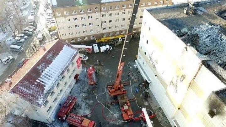 В сгоревшем ТЦ в Кемерове в нарушение правил были проложены кабели высокого напряжения