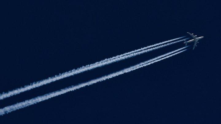 В Подмосковье неизвестные пытались ослепить лазером пилотов двух лайнеров
