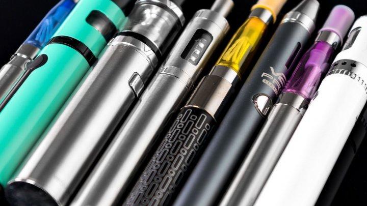 Учёные: Электронные сигареты мешают бросить курить