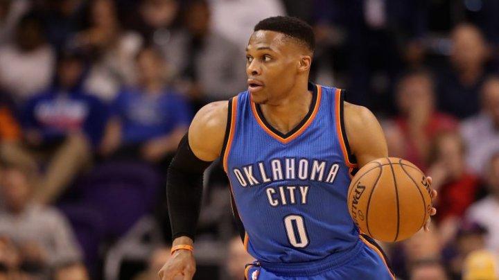 Игрок НБА услышал бит и исполнил сидячий танец